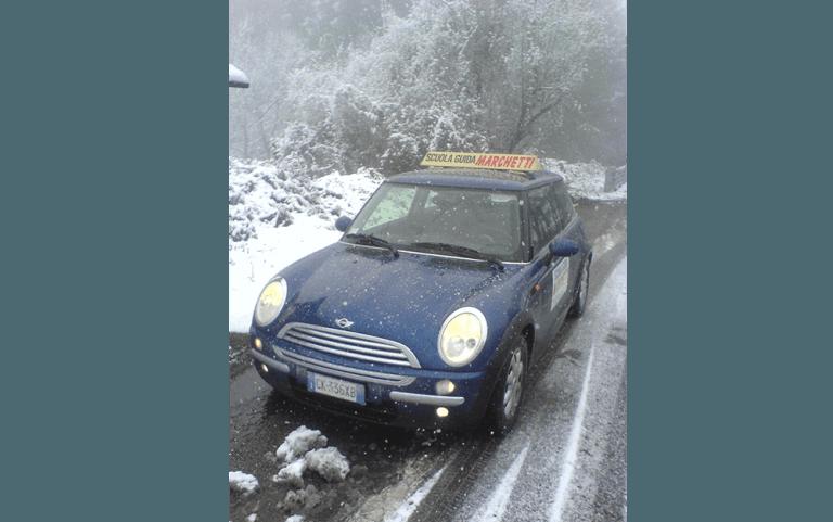 auto dell'agenzia Autoscuola Marchetti