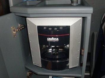 EVOBUS MERCEDES RHD 16 front
