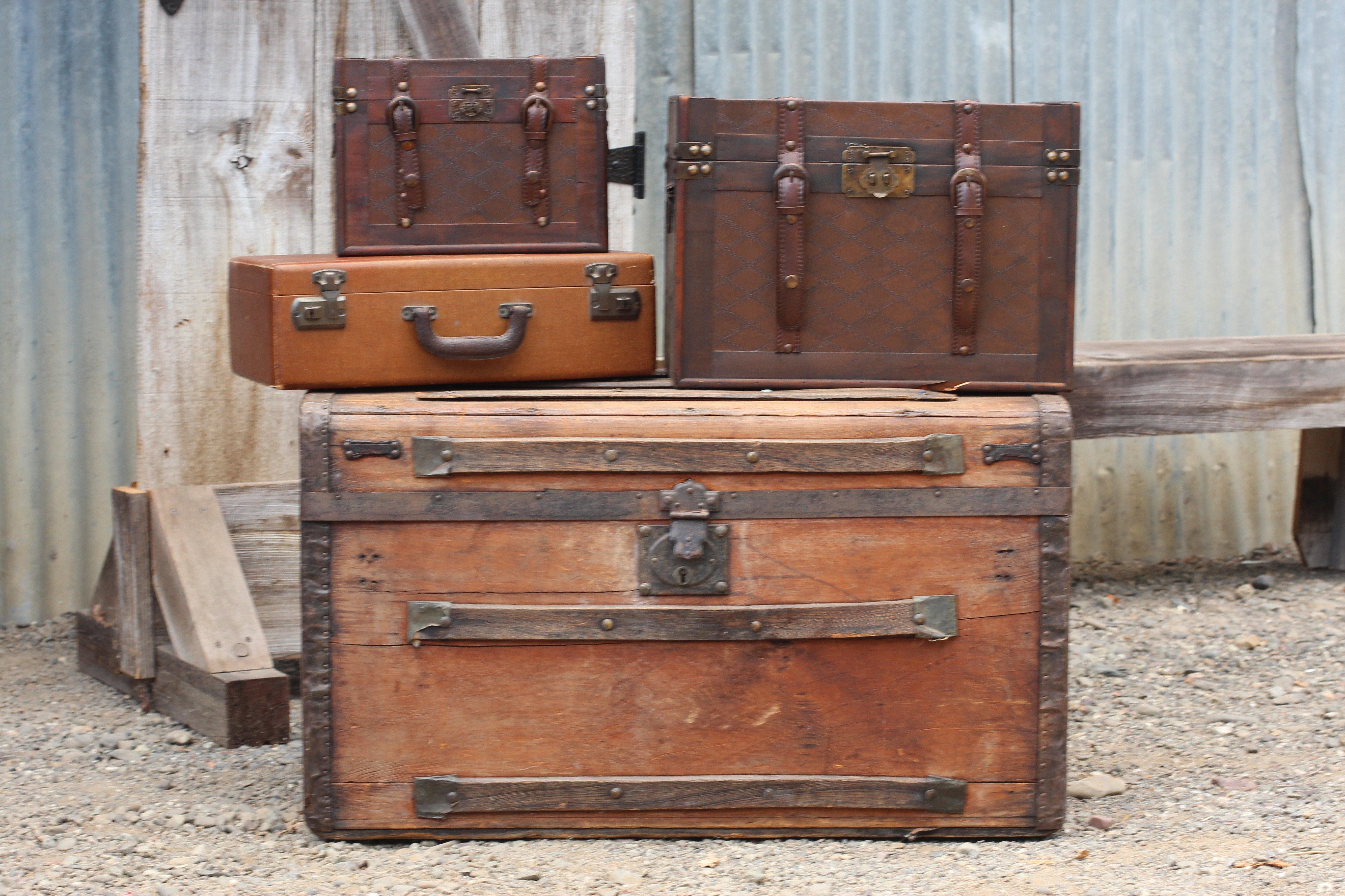 Vintage Trunk/Suitcase Rentals