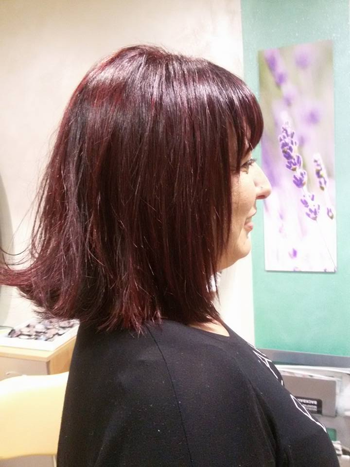 Donna con i capelli corti a Città di Castello
