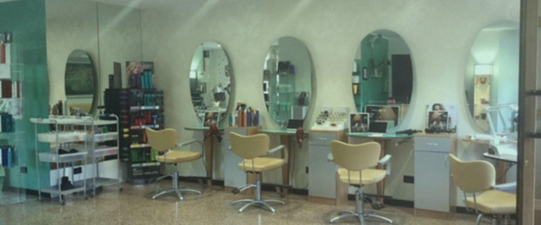 Interno della Parrucchiera Glamour Di Eugenia a Città di Castello