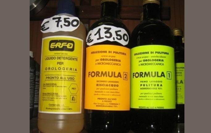 liquidi detergenti per orologeria