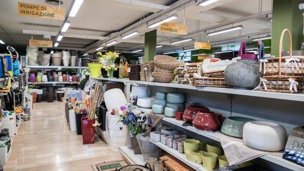 vasi per fiori e piante