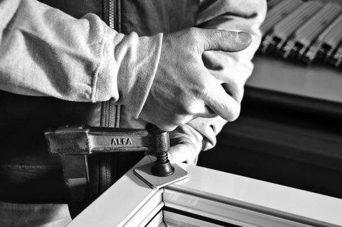 infissi in alluminio, realizzazione infissi, infissi precisi