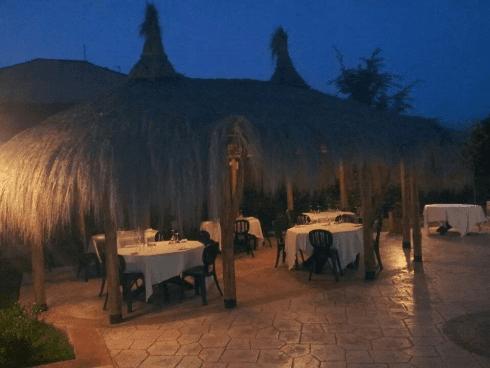 braceria, ristorante con specialità carne