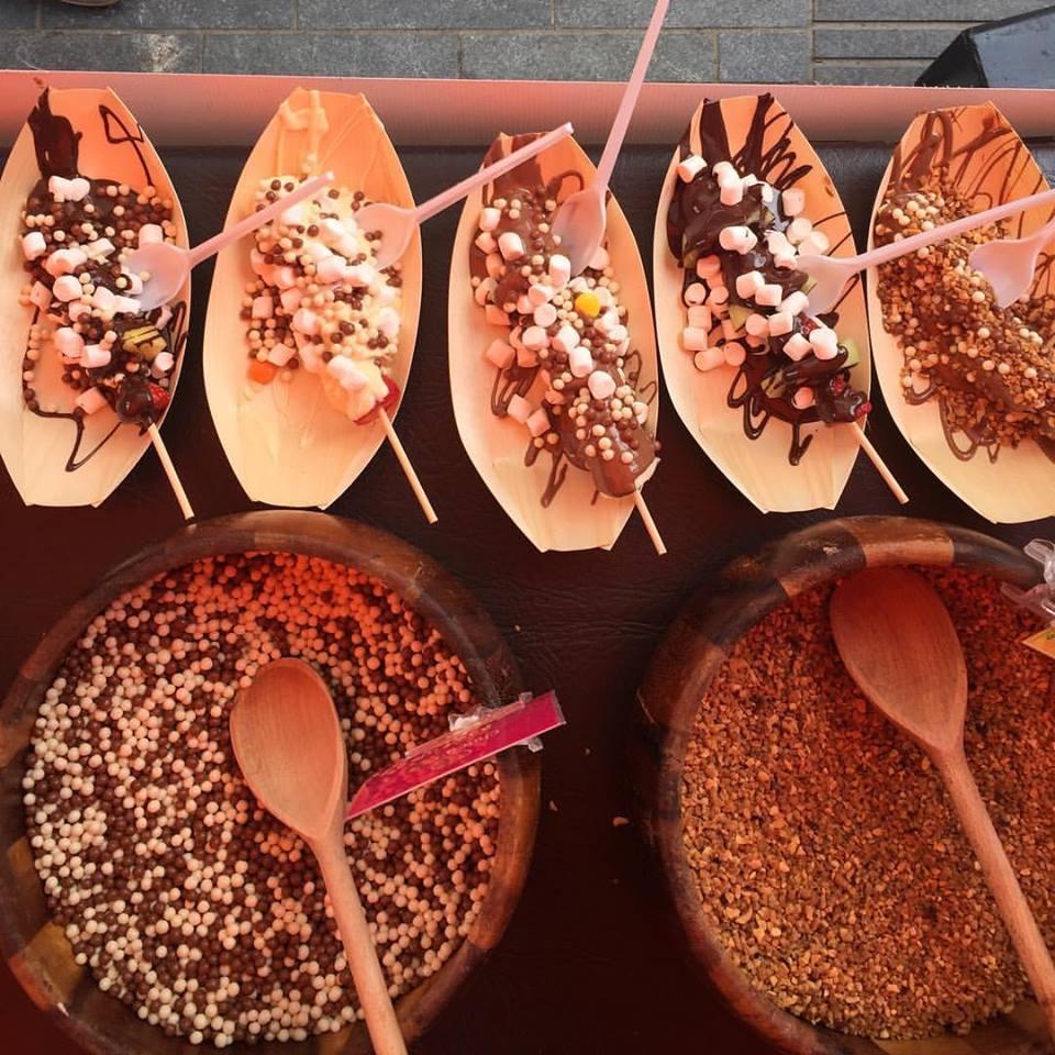 chocolate serve