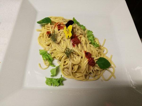 Piatto di Spaghetti a base di pesce