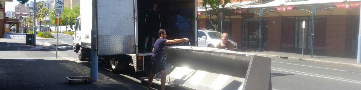 adelaide northern removals people at work