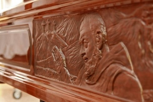 Bara con incisione di Padre Pio.