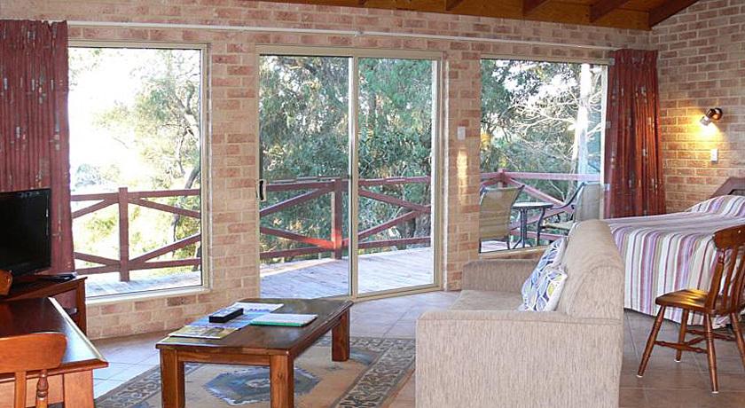 Studio Lounge & living area
