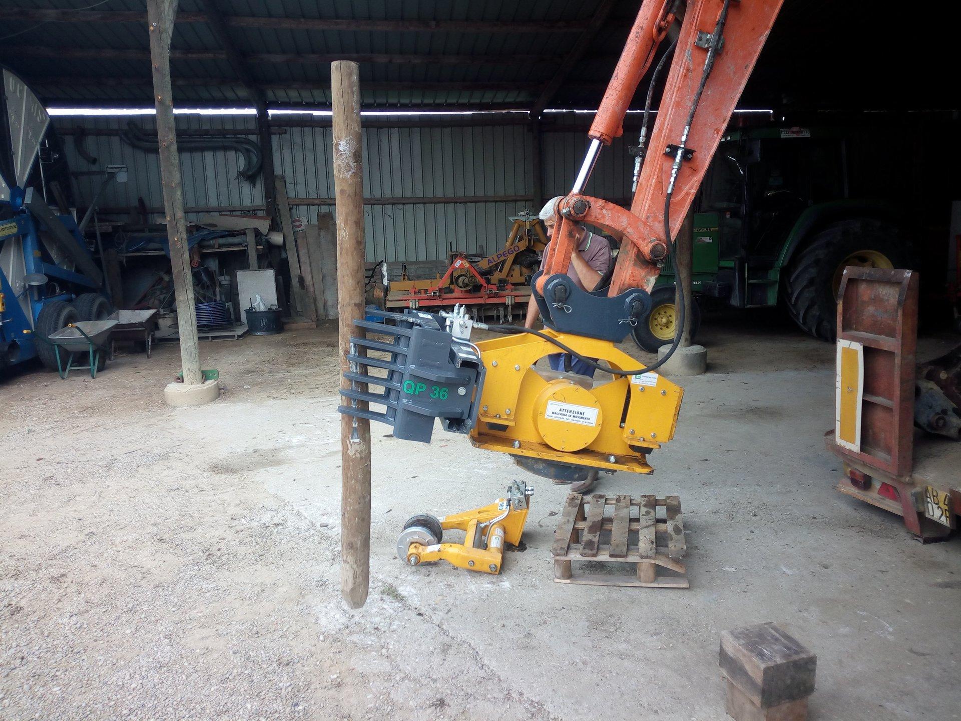 Officina riparazione macchine movimento terra