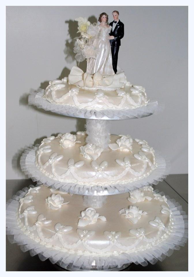 torta nuziale bianco