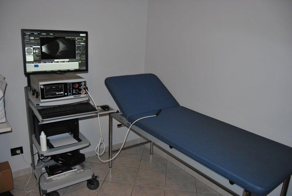 strumenti per diagnosi ecografo