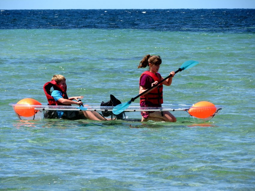 clear canoe hire tumby bay
