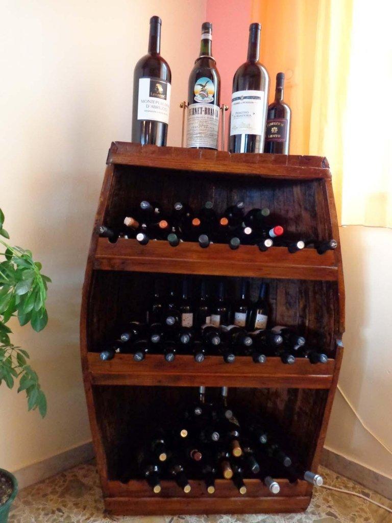 restauro mobile porta bottiglie di vino