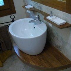 mensola e specchio bagno