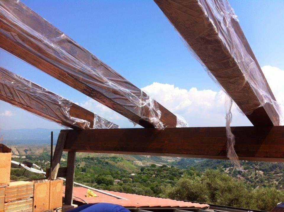 lavorazione tetti in legno