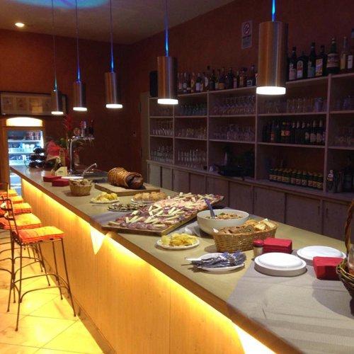 Bar della Trattoria Mare & Monti a Massa Marittima