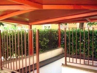 Balconi, ringhiere e parapetti