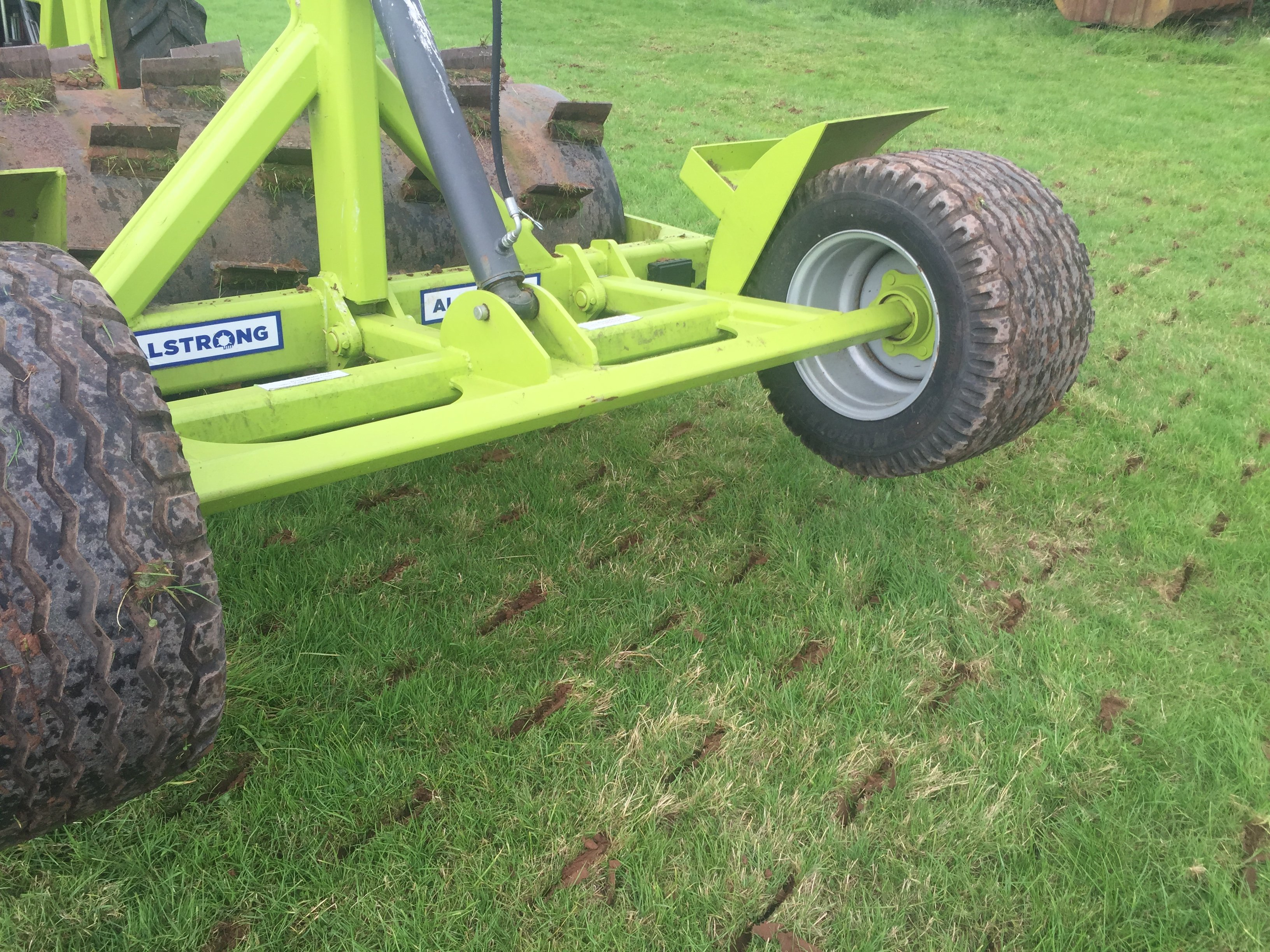 High quality grassland aerator