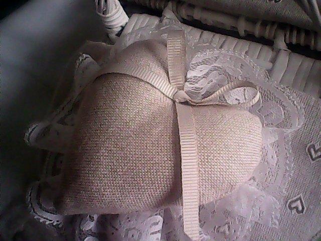grande cuore in cotone fatto a mano con fiocco