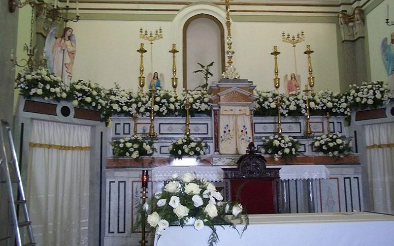 fiori per allestomento chiesa