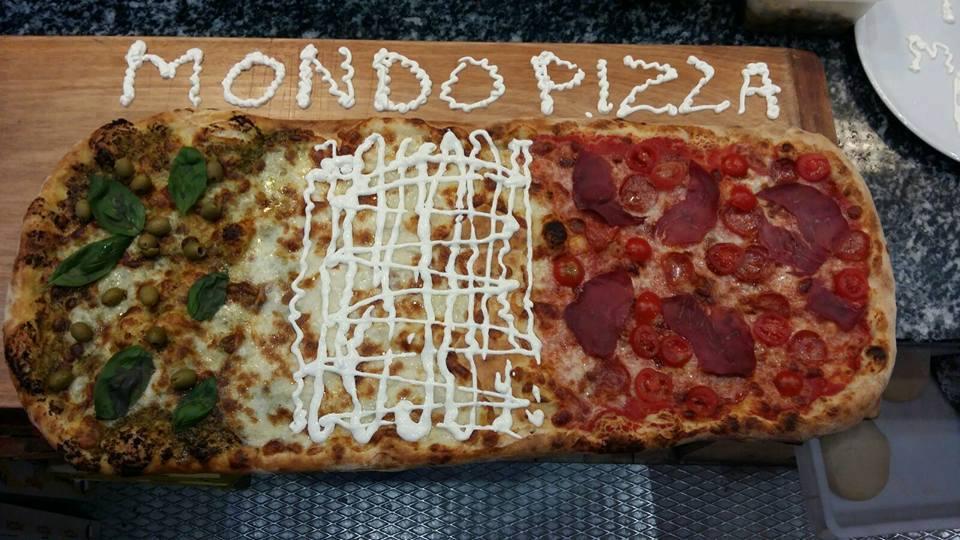 Pizza con molti gusti