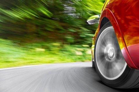 Convergenza ruote auto