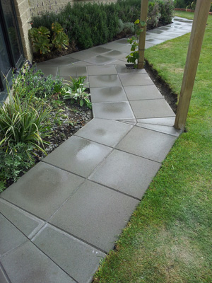 Stone paving done by expert