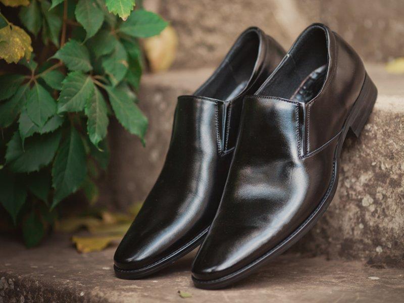 Shoe after repair