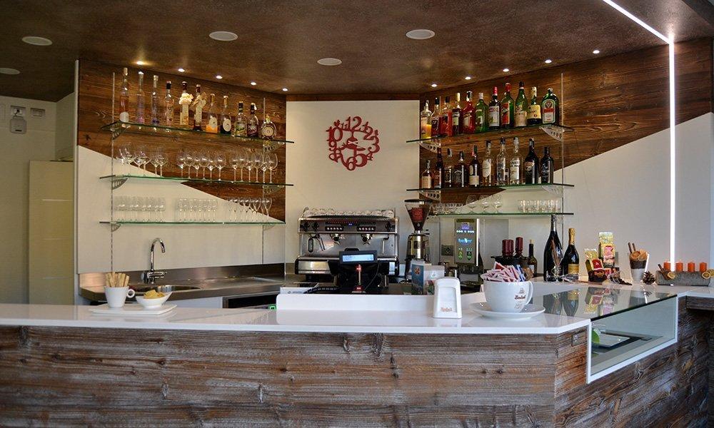 Allestimento bar villa lagarina tn t m arredamenti for Tm arredamenti villa lagarina