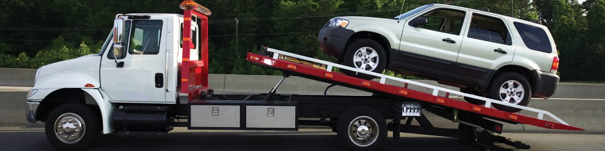northampton towing suv on truck