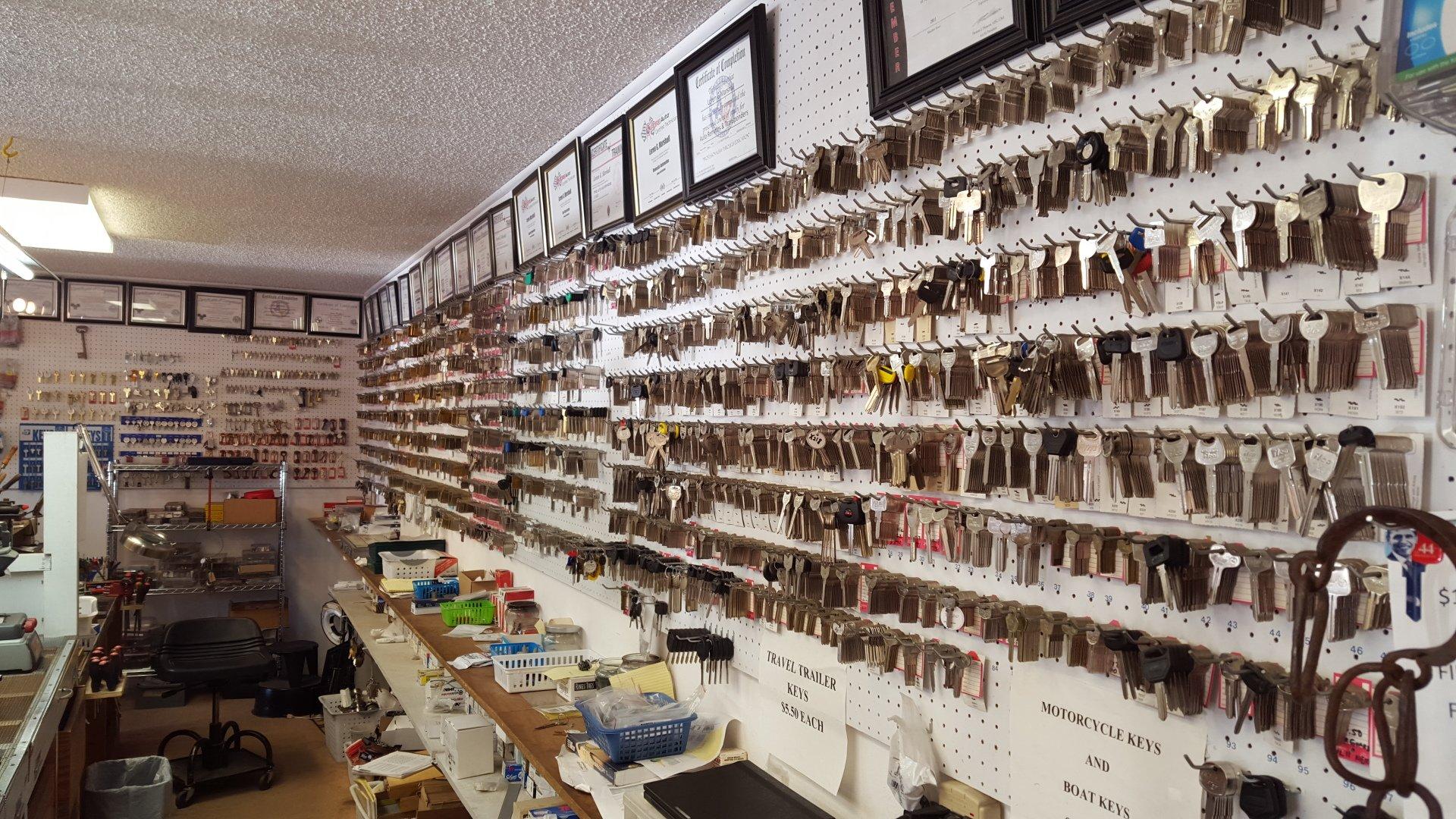 Bill S Lock Amp Key Locksmith Shop Residential And Commercial Locksmith