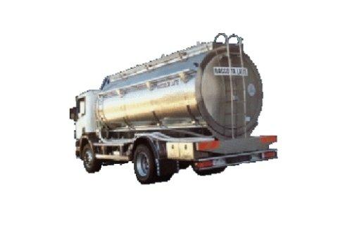 attrezzature ricevimento industria lattiera