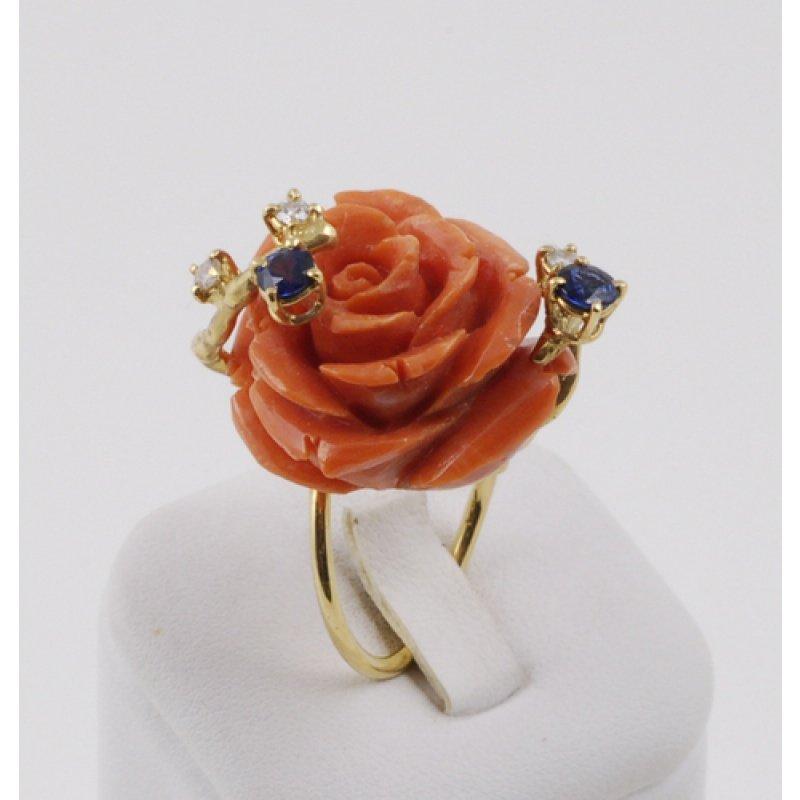 anello in corallo a forma di rosa