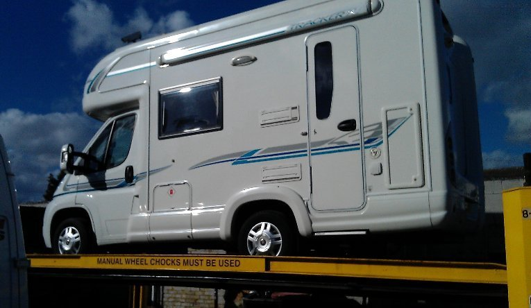 motorhomes repairs, body repairs, servicing, damp, clutch, brakes, mot, parts, accessories, motorhome repaired, motorhome repairers, parts, accessories, motorhome, london, essex, kent