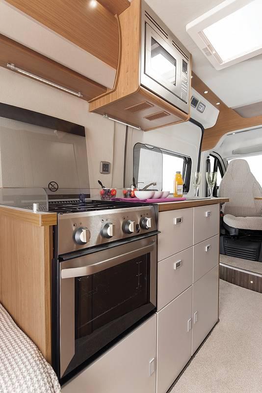 european campervan hire - v line 635