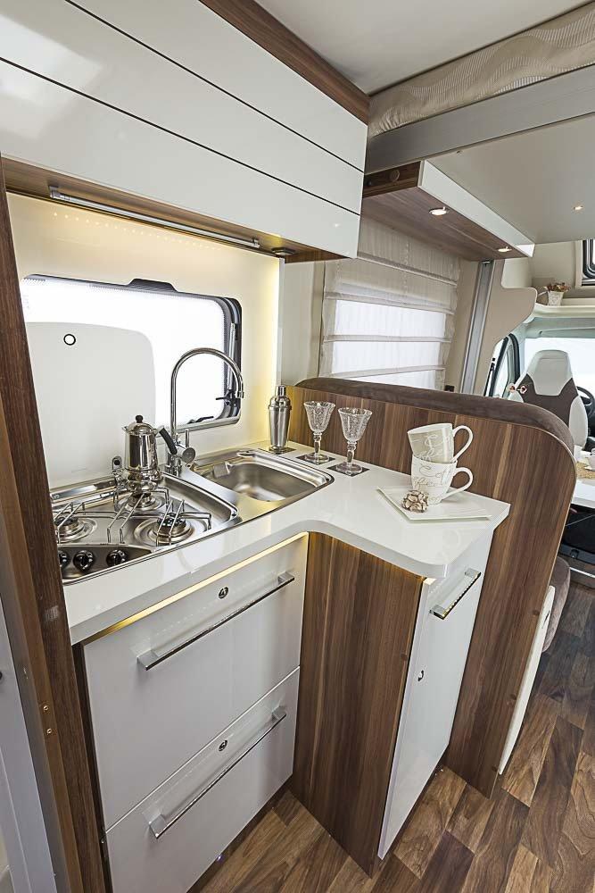 camper rent UK RT T Line 590 2 to 4 berth motorhome