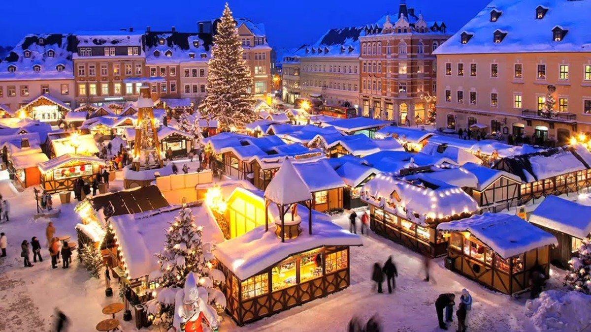 christmas motorhome hire, christmas markets break , christmas holidays