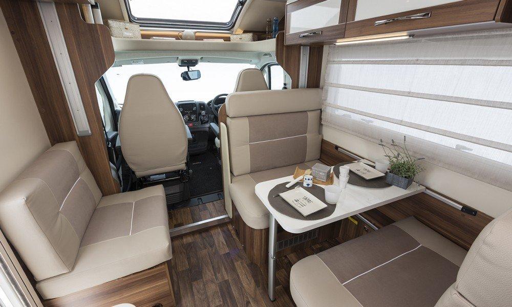 6 berth motorhome hire, ar 747, motor home holidays, camping holidays