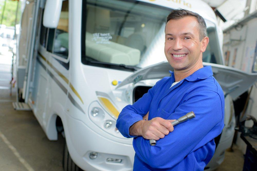 motorhome, camper van , rv body repair, body repairer, habitational