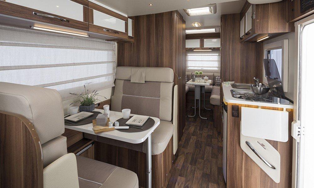 uk motor-home hire, Auto Roller 747, 6 berth motorhome rental