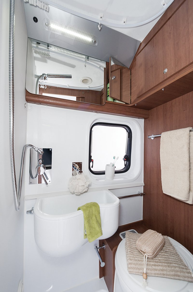 camper van hire with toilet, shower, hot and cold water