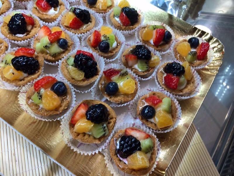 Delle crostatine alla frutta