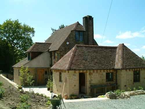 Exterior view of the sussex cottage