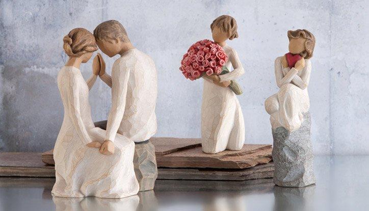 statuette ornamentali a marchio Willow Tree