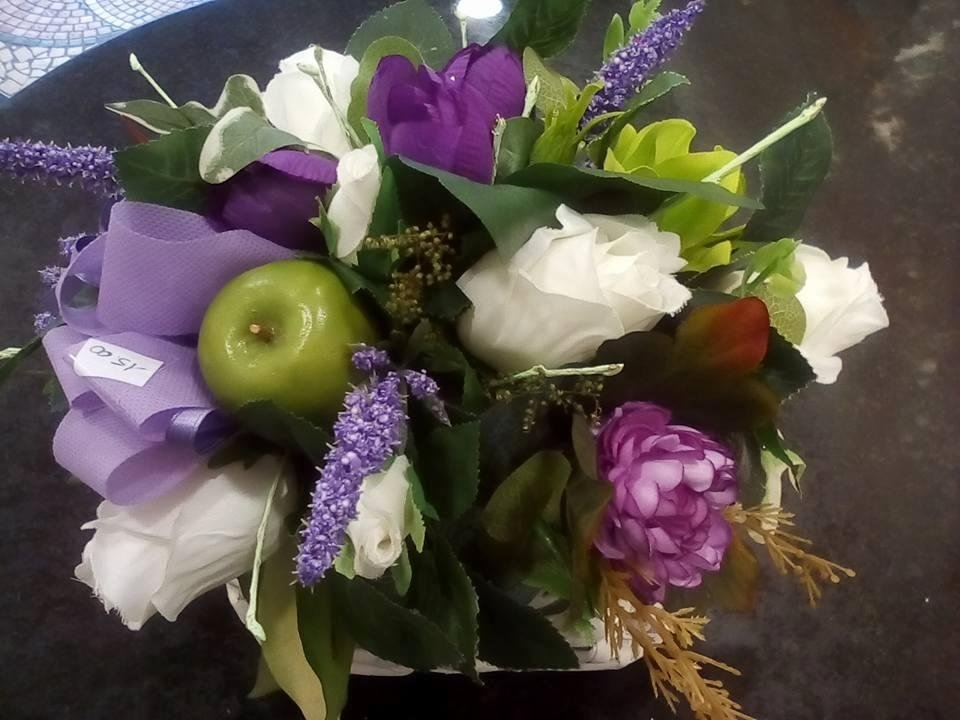 fiori artificiali per cimitero