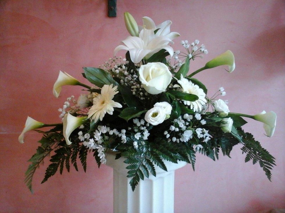 vaso di fiori per l'altare