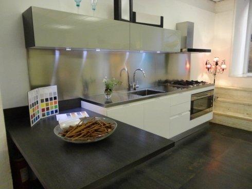 Cucine roma arredamenti frisetti design for Tricca arredamenti roma