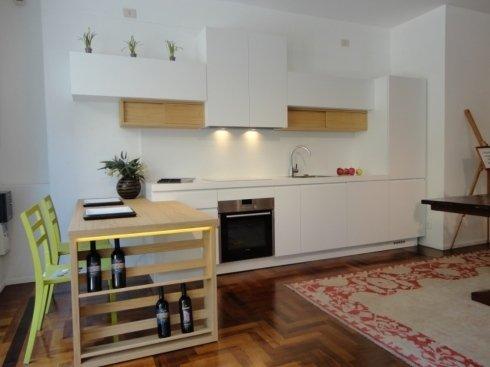 piano snaxk legno, cucina a misura, frisetti cucine, porta bottiglie